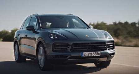 The new Porsche Cayenne in motion.